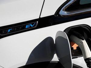 Companies plan mega investments on e-vehicles, batteries & charging infrastructure